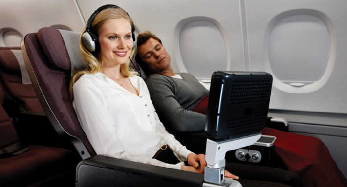 Qantas Airlines Business Class Flights Airfare & Review with Images